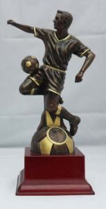 MALE FOOTBALL FIGURE AWARD 053