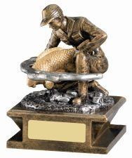 Fishing Trophy RM135-GWT